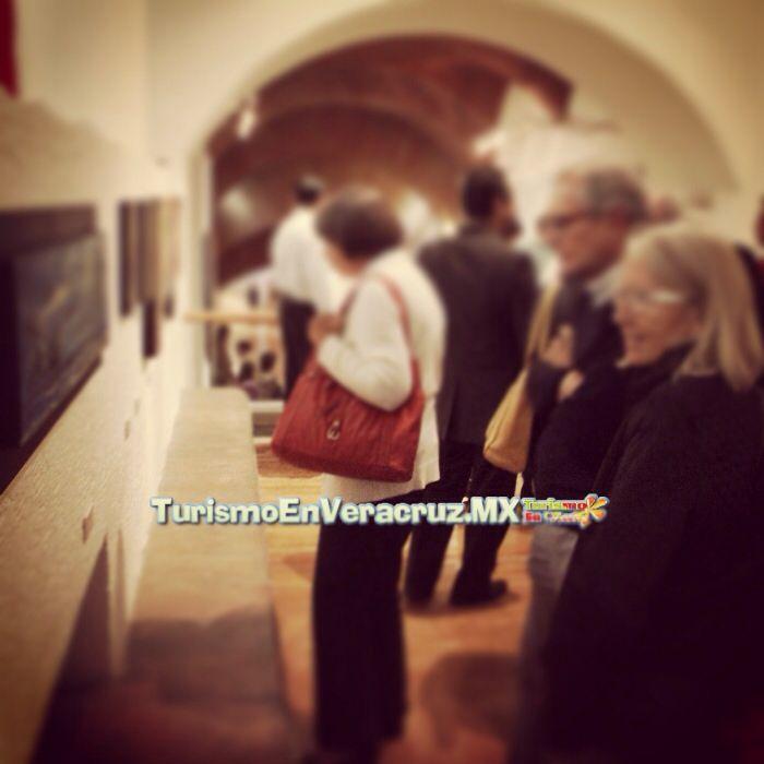 Exhibición en el agora de #Xalapa http://www.turismoenveracruz.mx/2014/05/exhibe-ivec-retrospectiva-1963-2014-en-agora-de-la-ciudad/
