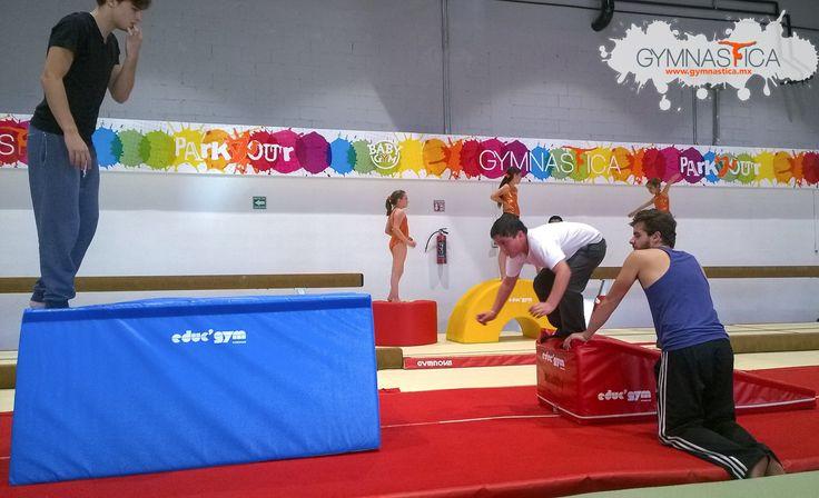 Poco a poco las distancia será mayor y los saltos más y más espectaculares :D  #Gimnasia #Parkour #BabyGym #BootCamp