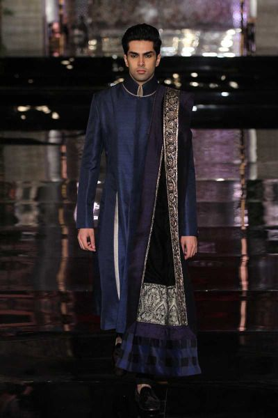 MANISH MALHOTRA  2016 couture collection  INDIA COUTURE WEEK