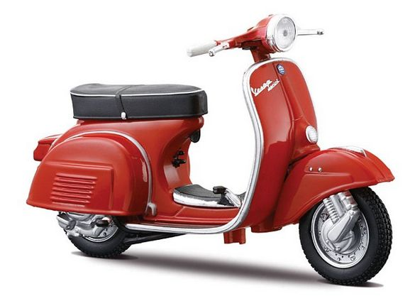 Great  Vespa Red and perfect