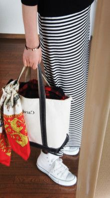 http://ameblo.jp/komatsu1108/entry-11821816219.html スカーフ巻き方 スカーフコーデ scarf arrangement エルメス カレ HERMES carres アラフォーファッション L L・ Bean トートバック ボーダーワンピ