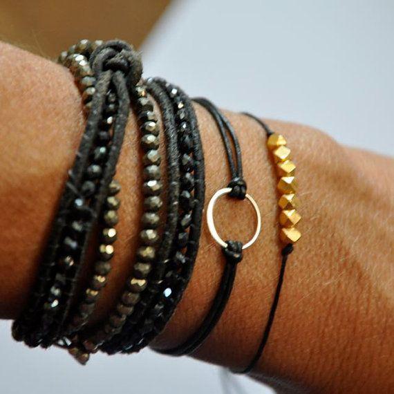 bracelet en argent sterling cercle. Bracelet de cuir de Karma.
