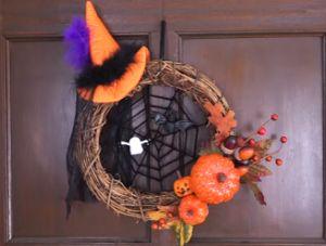 ハロウィンリース 蜘蛛の巣 Halloween, Wreaths, Home Decor, Decoration Home, Room Decor, Halloween Labels, Bouquet, Spooky Halloween, Interior Decorating