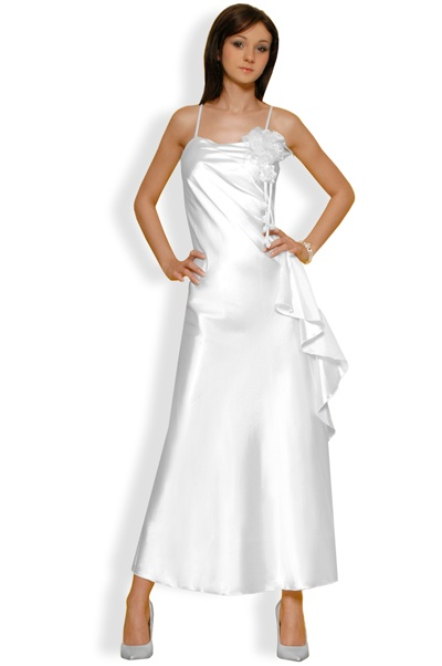 http://www.abbigliamentodadonna.it/abito-donna-lungo-cerimonia-p-407.html