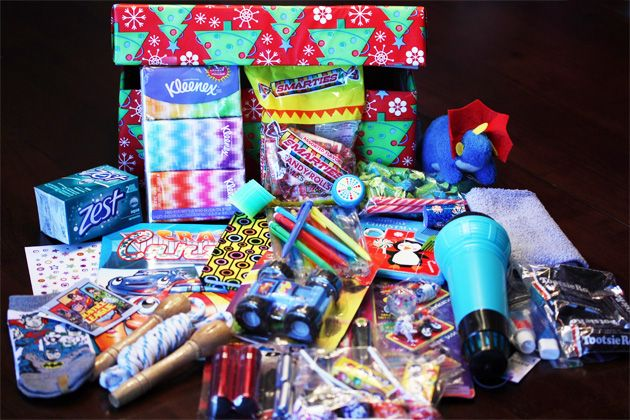 Operation Christmas Child Shoe Box Ideas and Tips...our Presbyterian Chuch is doing this right now! Thanks for the additional ideas!