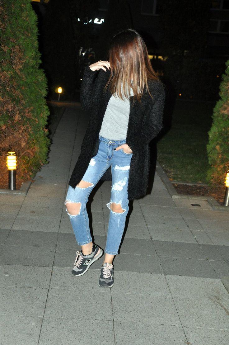 ripped jeans raw jeans distressed jeans baggy jeans boyfriend jeans black cardigan denimbox denim jeans inspiration