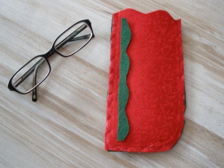 Rápida funda fieltro para gafas, DIY, Felt cover fast. Manualidades.