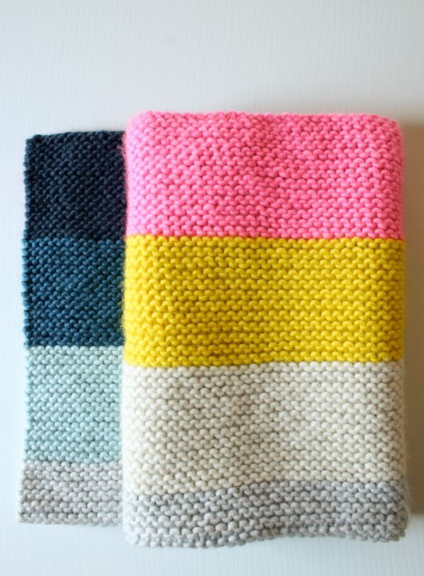 Make a color block baby blanket in fresh colors with this knitting pattern.