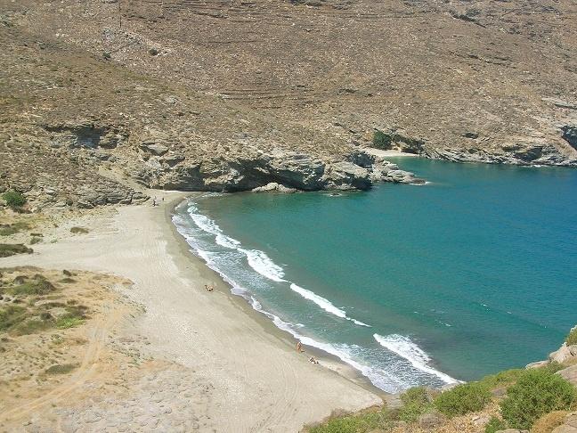 Kremmydes beach