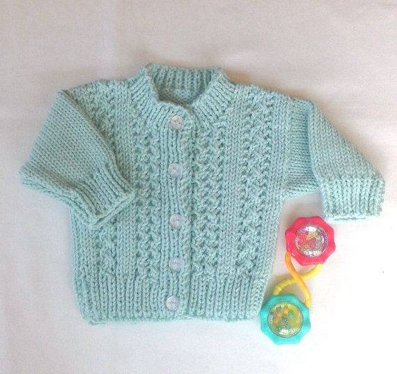 Infant knitted cardigan - 0 to 6 months - Baby shower gift - Baby clothing - Baby mint green sweater