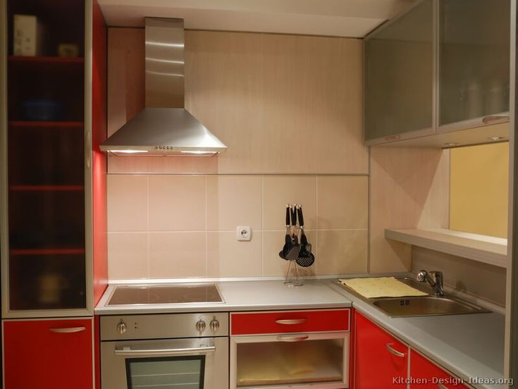#Kitchen Idea Of The Day: Check Out These Modern Red Kitchens.