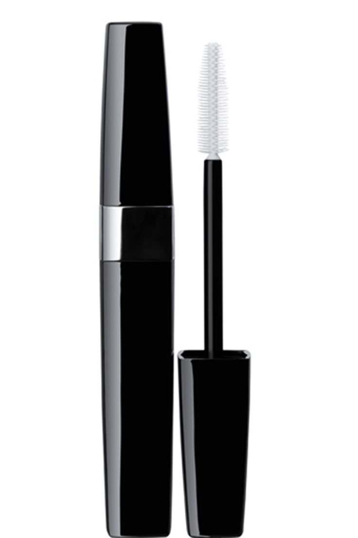 8 ELLE.com Editors Share Their 8 Favorite Mascaras - Page 11