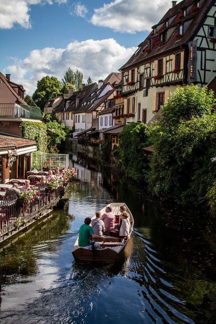 Balade sur la Lauch (rivière) à Colmar, Alsace.