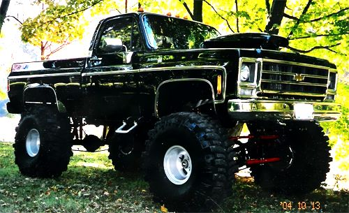 Mean Chevy 4X4 Lifted #chevytrucks