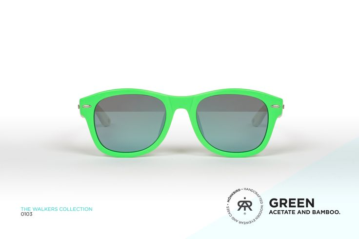 FLUORESCENT GREEN WAYFARER UNISEX SUNGLASSES / SKY BLUE FADED LENS   $899 MX