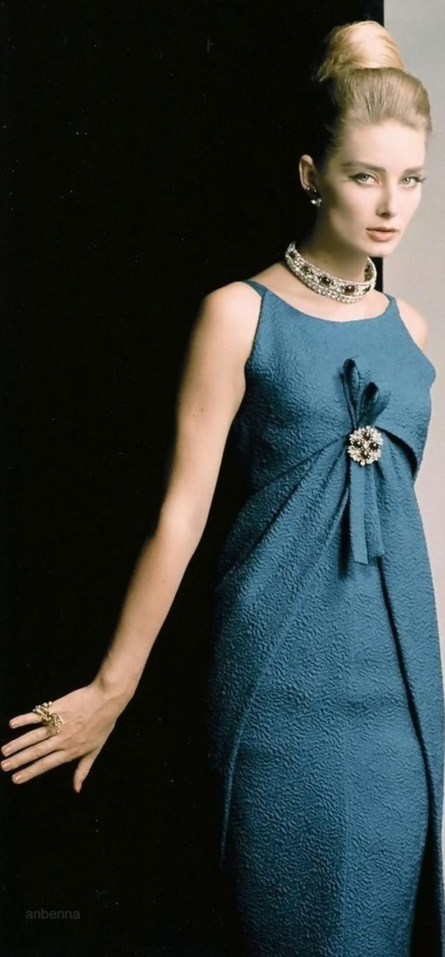 Богиня Синий