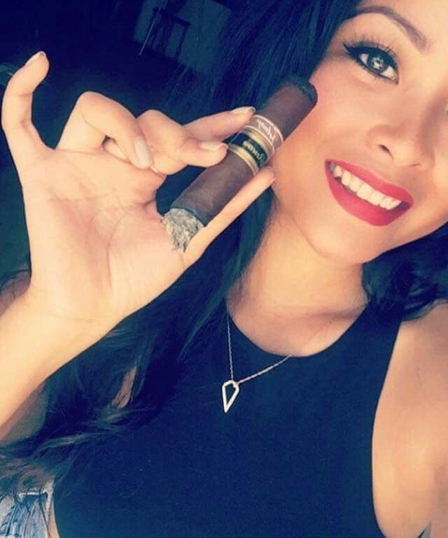 nude cigar smoking girls pics