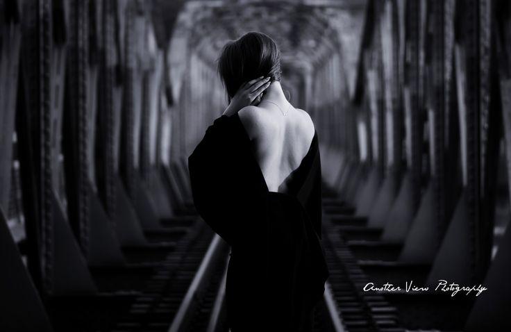 Woman on bridge - null