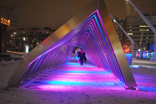 Interactive Public Space | Luminotherapie Quartier des Spectacles Montreal