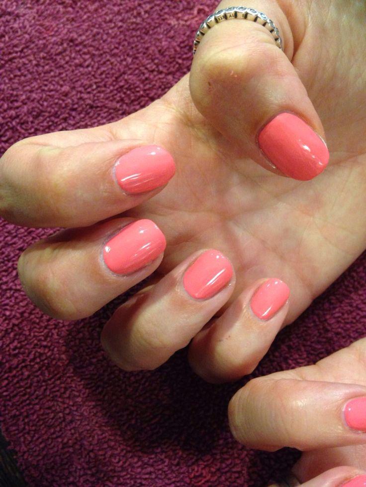 Coral gel polish #coral #gel #gelpolish #nails