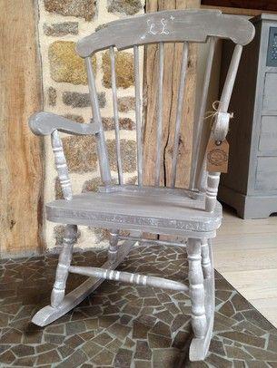 Restaurer une vieille chaise à bascule