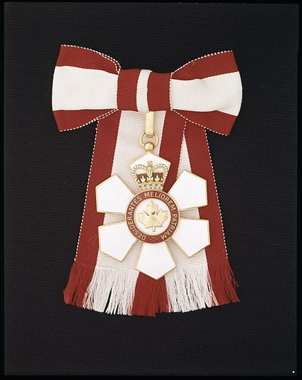 Insignia for a female Officer of the Order of Canada