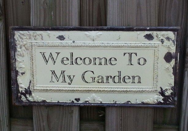 Mooi bord in de tuin