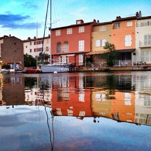 Port Grimaud, cité lacustre.  Provence-Alpes-Côte d'Azur, golfe de Saint Tropez.