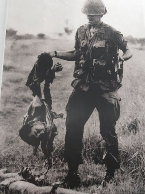 A guerra do Vietname não é conhecida por esse nome no Vietname, sendo sim referida como a guerra da América. Uma visita ao museu da guerra em Saigão.