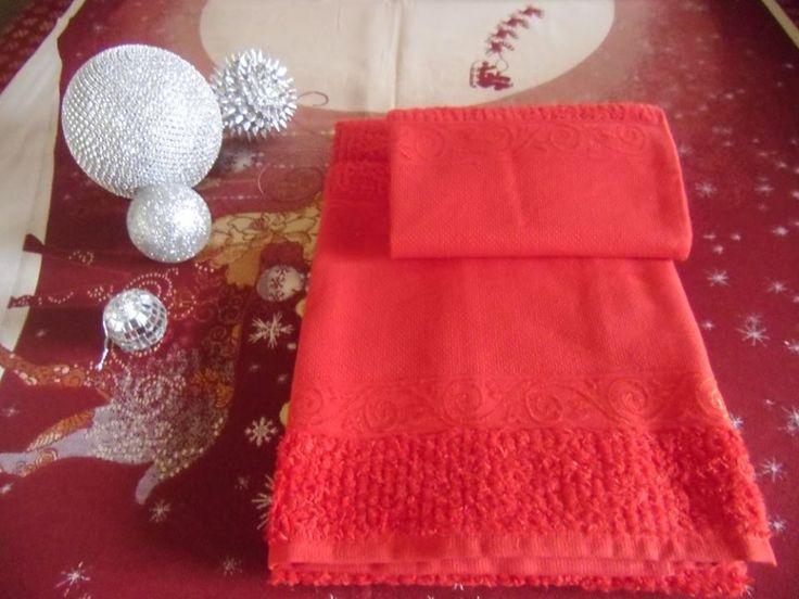 coppie di spugna con tela aida a 7,00€ in rosso