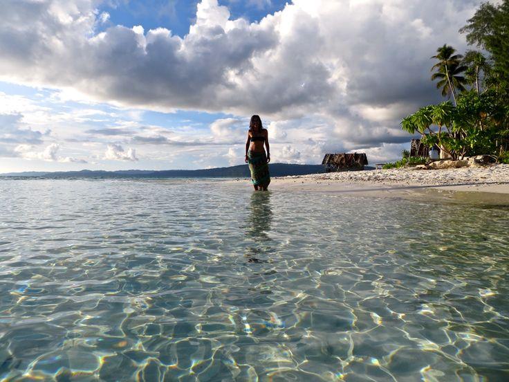 Harmincegy+napon+keresztül+sátraztunk+Judittal+Kri+szigeten,+Raja+Ampaton.+Raja+Ampat+egy+1600+szigetből+álló+csodavilág+a+Csendes+óceán+pici+szegletében+Pápua+partjai+közelében.+Az+itt+töltött+idő+meghatározó+volt+az+életemben.+Távol+a+civilizációtól,+csendben+lenni,+a+természet+irányította+az…