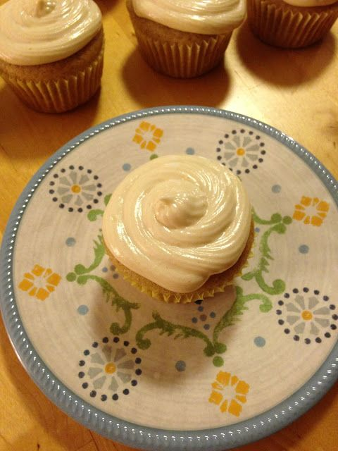 Apricot Cardamom Cupcakes with Ginger Cream Cheese Frosting Adventures ...