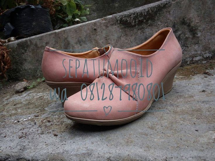 Bismillah... #SepatuKulit Casual Wanita by #SMO  Rp180rb  Happyday... PO  20hari  Cek bio for order... #SepatuKulitAsli #SepatuCasual #SepatuCewek #CasualCewek #SepatuMagetan #JualSepatu #SepatuMurah #FlatformShoes #SepatuFlat #SepatuCustom #SepatuKantor #SepatuOriginal #Shoes #FlatShoes #WomenShoes #LeatherCraft #LeatherShoes #Footwear #HandMadeShoes #SepatuMooID