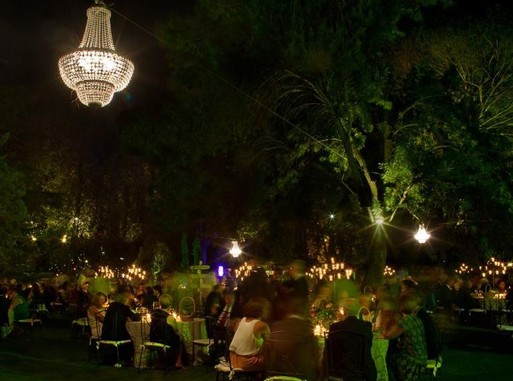 Iluminacion decoracion lamparas cristal boda exterior for Decoracion boda exterior