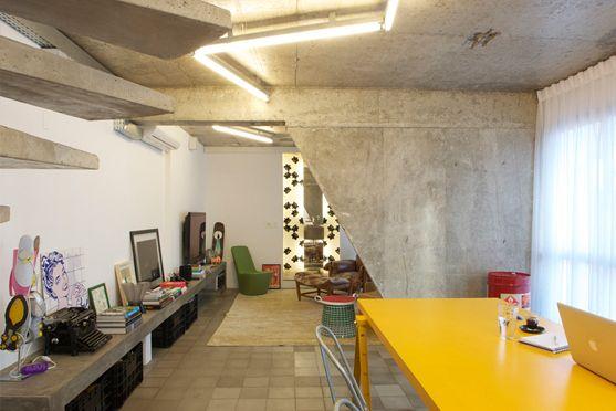 exposed concrete apartment in Sao Paulo, Brasil