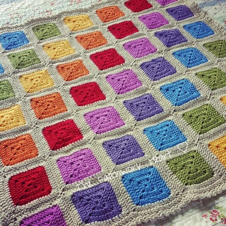 The Patchwork Heart: Rainbow Squares. Think I'd like to join my squares on the diagonal too.