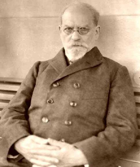 Edmund Husserl Dr. Adolfo Vasquez Rocca