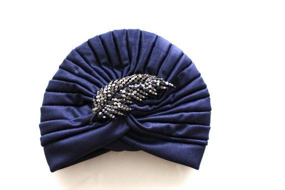 Turban avec broche feuille hématite AVAIL IN par VibeJewels sur Etsy