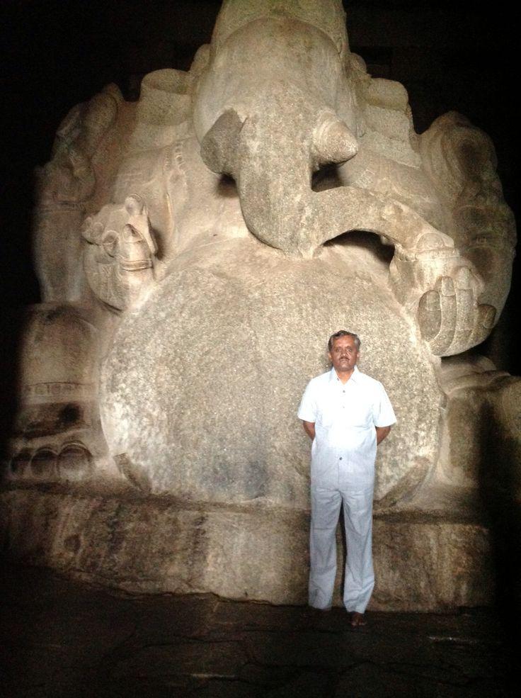 Giant Ganesh at the lost city, Hampi in Karnataka