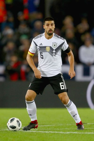 Sami Khedira of Germany runs with the ball during the international friendly match between Germany and France at RheinEnergieStadion on November 14, 2017 in Cologne, Germany.
