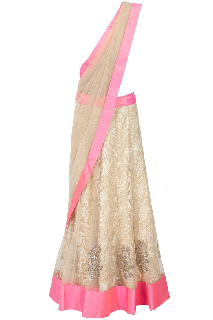 Ivory lace and tulle lehenga sari available only at Pernia's Pop-Up Shop.