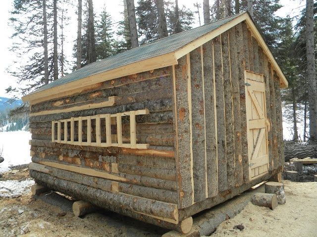 111 best images about log cabins on pinterest the old for Small survival cabin