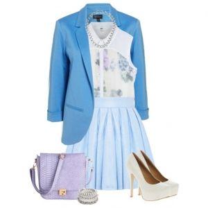 С чем носить белые туфли: голубая юбка, белый топ, ярко-синий пиджак, лиловая сумка