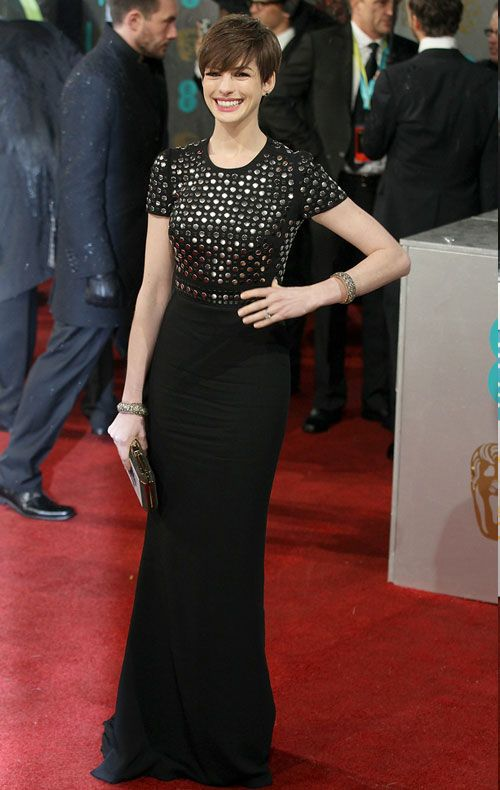 Celebrity Looks: Anne Hathaway in Burberry