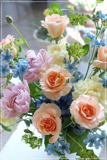 『【今日の贈花】新しい春へ贈る花』http://ameblo.jp/flower-note/entry-11815072740.html