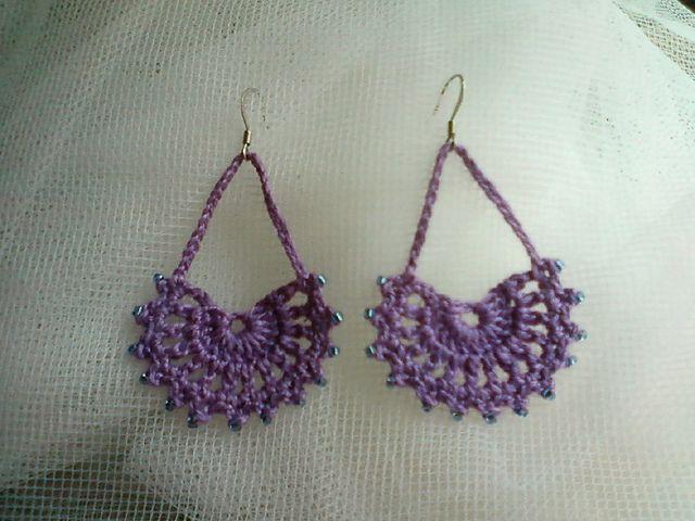 crochet earrings Using fan pattern from bookmark on Ravelry