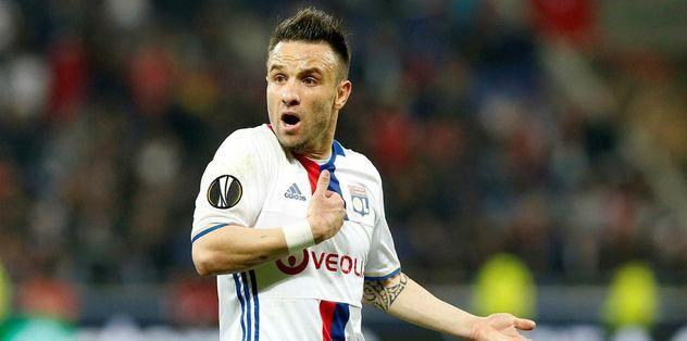 Mathieu Valbuena takipte!