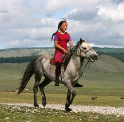 Rondreis Mongolië in 23 dagen. Reizen door het land van de blauwe luchten.
