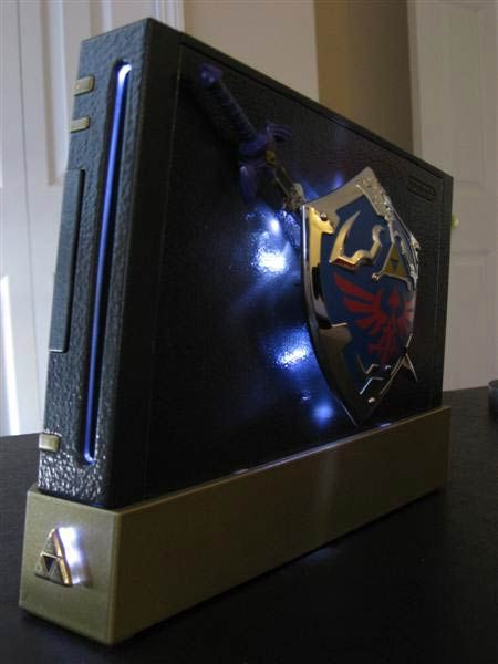 Legend of Zelda Wii case mod. If I had the time...