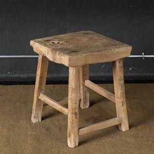 tabouret haut de gamme en bois ancien la maison g n rale linge de maison haut de gamme h. Black Bedroom Furniture Sets. Home Design Ideas